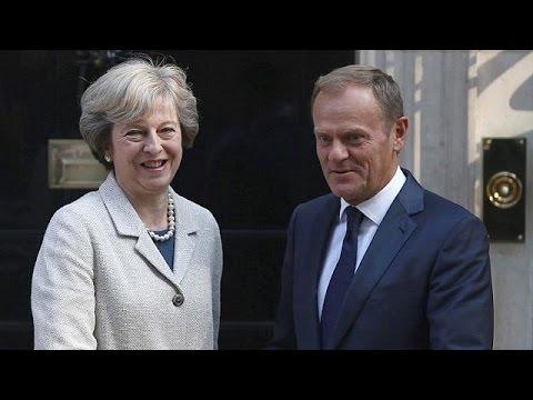 Brexit: Πρώτο τετ α τετ Μέι – Τουσκ στο Λονδίνο