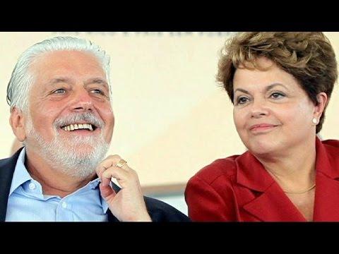 Βραζιλία: Υποστήριξη εκτός συνόρων αναζητεί η πλευρά της Ρούσεφ