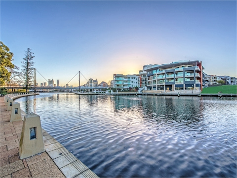 East Perth - Premier Waterfront Restaurant For Lease
