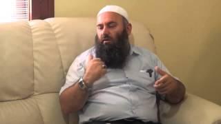 A lejohet të falet personi vet prapa nëse nuk ka vend në saff - Hoxhë Bekir Halimi