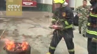 المشروبات الغازية.. أحدث طريقة لإطفاء الحرائق
