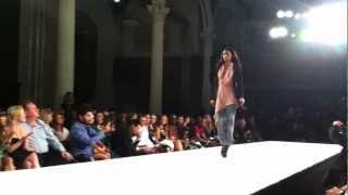 Download Lagu XCVI Fashion Show 2013 Mp3