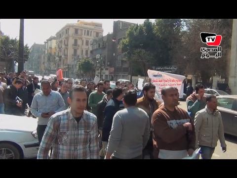 «حملة الماجستير» ينظمون مسيرة لـ«النواب»: أنا دكتوراه عاطل