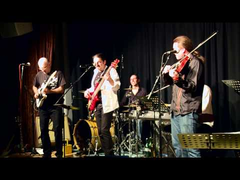 Country Swingers - Proud Mary (live)