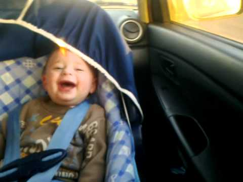 Baby laughing hysterically - watch it