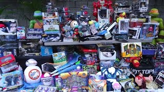 I had more toys to show, but the video was already too big! SO MANY TOYS! Die-cast cars like Hot Wheels, Matchbox, Maisto + more. Action figures from movies, comics and video games. Pokemon cards and plushies. Blind bags and blind boxes from Funko and other companies. Star Wars toys! Amiibo!  Dinosaurs from Jurassic World and more! There is some store footage and photos in this video, but most of it is TOY HAUL stuff I bought! Lots more toys, too many to name!!!My Facebook https://www.facebook.com/xINVISIGOTHxMusic by Kevin MacLeodToys in haul are from: Target, Toys R Us, GameStop, Walmart, Hot Topic, Kmart, Dollar Tree, Best Buy, Ross, TJ Maxx, Family Dollar, Spencer's, Goodwill and Salvation Army