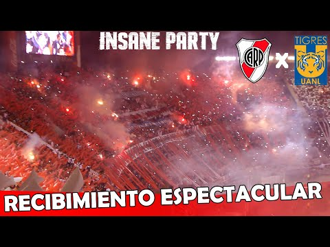 Video - RECIBIMIENTO ESPECTACULAR - River Campéon vs Tigres -  Copa Libertadores 2015 - Los Borrachos del Tablón - River Plate - Argentina