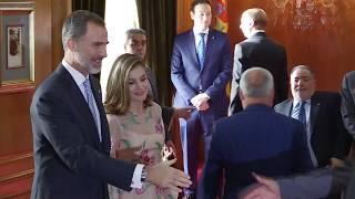 SS.MM. los Reyes, con los galardonados con las Medallas de Asturias 2017