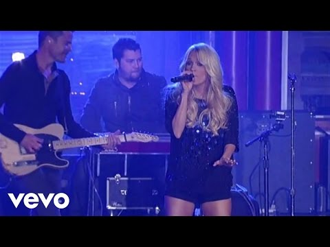 Carrie Underwood - Cupid's Got A Shotgun (Live on Letterman)