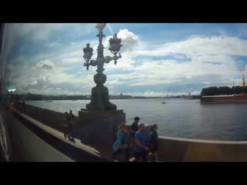 Санкт Петербург.  Обзорная экскурсия из автобуса (Saint Petersburg) онлайн видео
