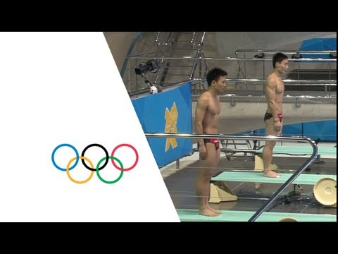 springboard - Diving Men's Synchronised 3m Springboard Final - Gold: China - Silver: Russian Fed. - Bronze: United States. Highlights from the Aquatics Centre at the Londo...
