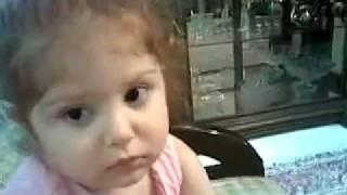 دختر بچه بامزه ایرانی