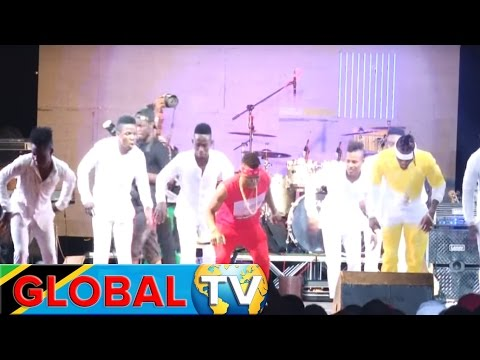 Video HARMONIZE FT DIAMOND PLATNUMZ - BADO LIVE SHOW YA WASAFI BEACH PART download in MP3, 3GP, MP4, WEBM, AVI, FLV January 2017