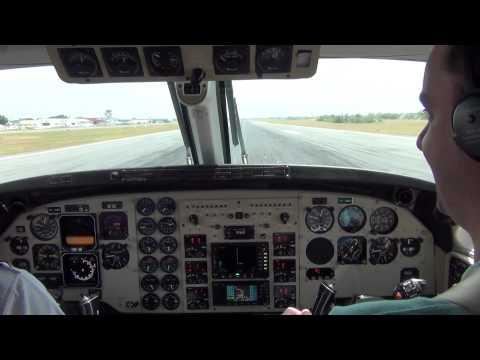 Pouso em Cuiabá-MT King Air C90 GT Captain Trentini