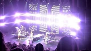 Download Lagu ADAM LAMBERT - TOH TOUR - LONDON - ENCORE - TRESPASSING/ANOTHER ONE BITES THE DUST Mp3