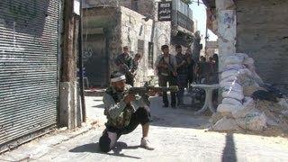 Os confrontos sacodem vários redutos rebeldes da Síria. Além da ofensiva do regime do presidente Bashar al-Assad, os insurgentes se preocupam ainda com a esc...