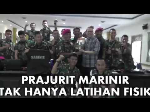 Prajurit Marinir Tak Hanya Latihan Fisik