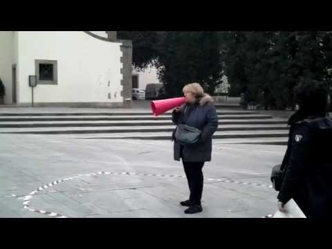 YouTube Video - Un caff� per un sogno | Live performance @ LIBERIAMO LA PRINCIPESSA � SpazioOff 2012