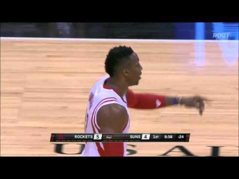 Dwight Howard hits a three-pointer against the Suns