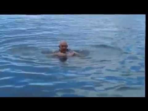 這個海軍只是教了一個非常簡單的方法,大家自此以後溺水也不會窒息死掉!