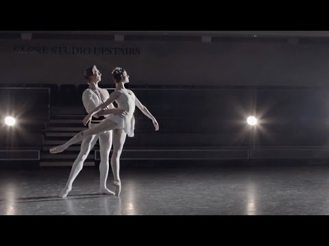 Watch: Marianela Nuñez and Vadim Muntagirov perform an extract from <em>Symphonic Variations</em>