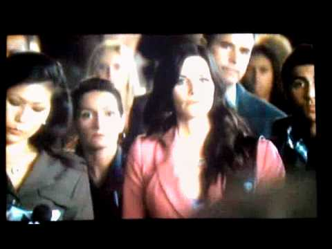 Scream 4 Clip 'Under Control'