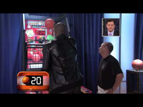 Kobe vs. Bus Boy In Pop-A-Shot.