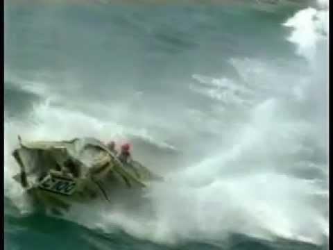 Carrera de botes: Choques a alta velocidad