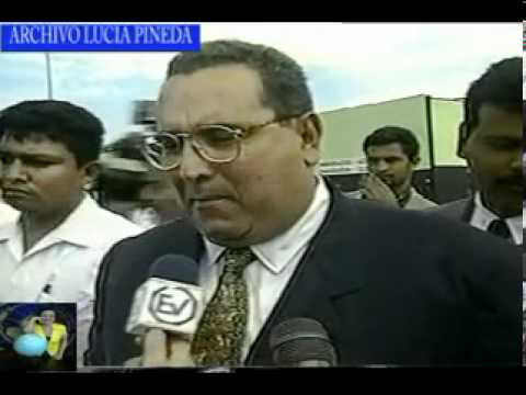 A ALEMAN BAUTIZA A LUCIA PINEDA COMO LA CHILINDRINA 1997