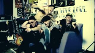 Video THE FIALKY - Herečka (videoklip 2010)