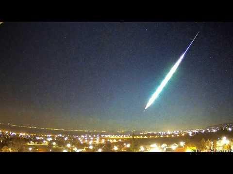 Wow! Extremely Bright Fireball Explodes In The Sky Over Hungary_Magyarország, Budapest. Heti legjobbak