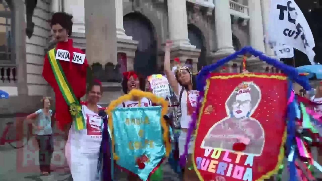 Βραζιλία: Διαδήλωση σε καρναβαλικό κλίμα εναντίον του προέδρου Τεμέρ