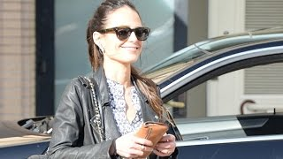 Nonton Fast And Furious Beauty Jordana Brewster Shops Barneys Film Subtitle Indonesia Streaming Movie Download