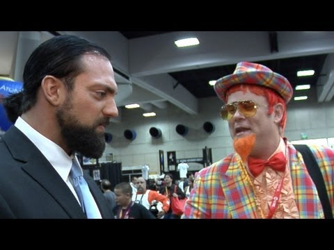 Outside the Ring - Damien Sandow meets ignoramuses at Comic-Con - Episode 15
