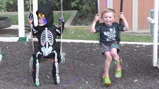 Lil Skelly Bones Plays with Jagger