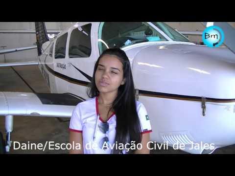 Jales - Conheça Daine,  a Piloto da CMM Escola de Aviação Civil de Jales.