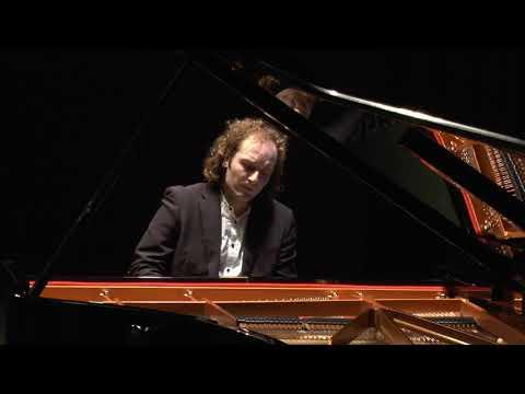 Bach - Siloti, Prelude in h-minor, Nikolai Tokarev - Piano