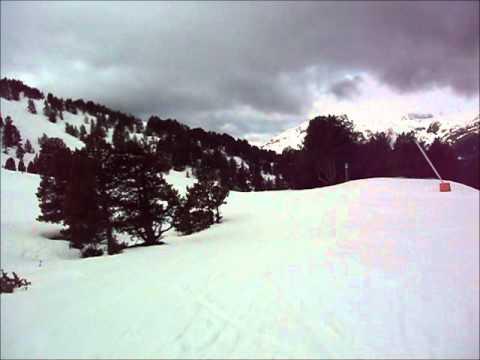 Skiing from Soldeu to El Tarter