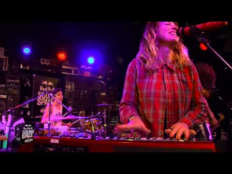 Grouplove Live at Redbull Soundspace at KROQ