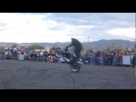 Motorcycle Drifting, Wheelies, Trick Riding