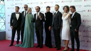 Nonton Absentia  Cast On Red Carpet Film Subtitle Indonesia Streaming Movie Download