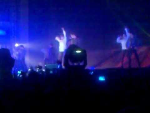 [FANCAM] 2011 2PM Hands Up Asia Tour Jakarta, 111111  -  Back 2U