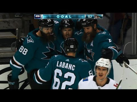 Video: Confident Sharks work puck around, Joe Pavelski beats David Rittich