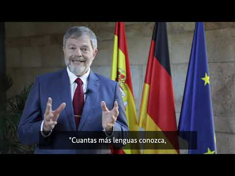 Wolfgang Dold, Embajador y Representante Oficial de la República Federal Alemana en España, felicita  a los alumnos por su gran esfuerzo en  el examen  DSD II.