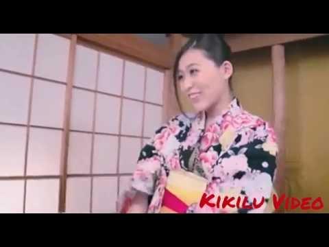 Japanese Girl Show Her Shape to Her BF - បង្ហាញរាងទាល់តែទ្រាំឡែងបានចាប់តែម្ដងទៅ