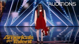 Download Video The Sacred Riana: Frightening, Scary, Terrifying Magician Scares Mel B - America's Got Talent 2018 MP3 3GP MP4