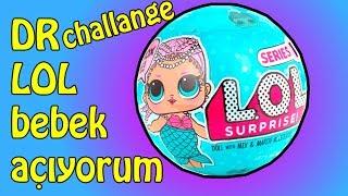 LOL Bebeklerle Smothie Challenge'cı Kim kazandı? D&R L.O.L. Paketi Açma!! Bidünya OyuncakGünlük Barbie ve Slime videolarım İle haftalık çekilişlerimi kaçırmamak için kanalıma  ÜCRETSİZ ABONE OL!https://goo.gl/gMFIpVLütfen videolarımı beğenmeyi, fikirlerinizi yorum kısmına yazmayı ve kanalımıza ABONE olarak Bidünya Oyuncak kanalı ailemize katılmayı ihmal etmeyin. Hemen şimdi tıkla ve ABONE OL: https://goo.gl/gMFIpVAşağıdaki videoları çok beğeneceksiniz:► YENİ Kremle Traş Köpüksüz Pofur pofur Pofuduk Slime Yapımı - Metalik Slime - Bidünya Oyuncak:   https://goo.gl/pHX5Ab► Pressing 4 - Slime Koleksiyonumun Metaliklerini Presledim - Bidünya Oyuncak: https://goo.gl/V8Hs8W► 2 Malzemeyle Şeffaf Slime Nasıl Yapılır? Karbonatla Cam Slime Yapımı - Bidünya Oyuncak: https://goo.gl/zMNcYz► Unicorn Frappucino Sıvı Sabunluk Yapımı - Bidünya Oyuncak: https://goo.gl/MEfcUY► Uyku Bandı Yapımı - DIY - Kolay Barbie Eşyaları - Bidünya Oyuncak: https://goo.gl/pHEHU► İnternet Alışverişim Pembe Pasaport - Bidünya Oyuncak    https://goo.gl/KsErQ2► Koltuk Yapımı - DIY - Kendin Yap Barbie Eşyaları - Bidünya Oyuncak: https://goo.gl/ps5MiV► Pijama Yapımı - Bidünya Oyuncak: https://goo.gl/V1Ydgx► Ponpondan Halı Yapımı - Kendin Yap Pratik Barbie Evi Eşyaları - Çok Kolay - Bidünya Oyuncak: https://goo.gl/56bm8U► Boncuktan Saç Yapımı - Barbie'nin Başına Gelenler Bölüm 1 - Bidünya Oyuncak: https://goo.gl/3icsTj►  Barbie DIY Oynatma Listesi: https://www.youtube.com/playlist?list=PLWY3hyWVaOcju5yCmUFVpCjLA9NUhlnFJ►Slime Nasıl Yapılır: https://www.youtube.com/playlist?list=PLWY3hyWVaOcgAEWNycWLj9f_jW65WC8eY► Slime nasıl yapılır videoları izle: https://goo.gl/4f9PNg► Barbie kendin yap ile eğlecenli videolar izle: https://goo.gl/SJKuZi► Oyuncak paketleri açma videoları izle: https://goo.gl/OiBoJ4► Poyraz ile vlog maceraları izle: https://goo.gl/0DYwLs► Sürpriz yumurtalar eğlenceli çocuk videosu izle: https://goo.gl/5YkQWEİzlediğiniz için teşekkür ederim.Videomu beğendiyseniz BEĞEN butonuna basmayı unutma