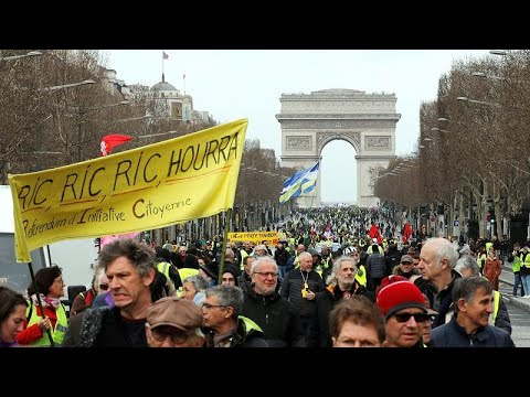 Frankreich: Gelbwestenproteste - Kampf gegen das Abflau ...