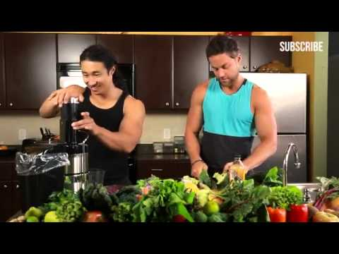 3 Tips To Build Muscle By Juicing    Mike Chang & Drew Canole