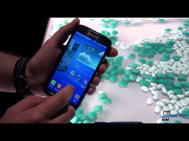 Samsung Galaxy S4 Active Submersion Demo